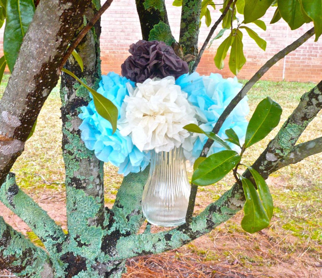 Tissue Paper Puff Bouquet 1024x883 Crafty Project: Decorative Tissue Paper Puffs