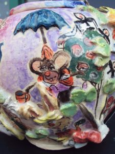 Alice and Wonderland Teapot The Field Mouse 225x300 Ceramics: Alice and Wonderland Tea Set