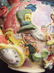 Alice and Wonderland Teapot The Mad Hatter 225x300 Ceramics: Alice and Wonderland Tea Set